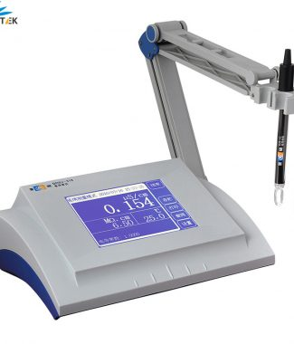 Bench-Top Conductivity Meter